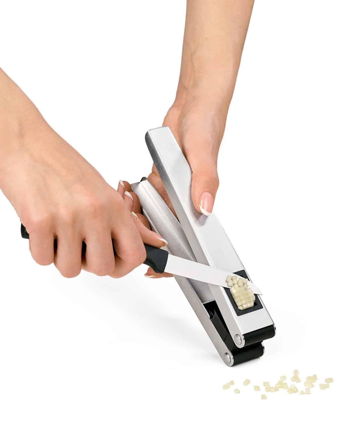 triangle Knoblauchschneider & Presse Duo Knoblauchpresse Knoblauch pressen quetschen würfeln schneiden Edelstahl 2-in-1